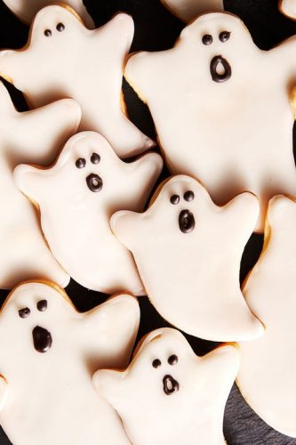 Spooky Honey Gingerbread ghosts